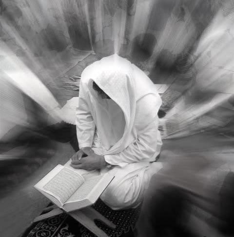 İnsanın əməl dəftərində nələr yazılır?