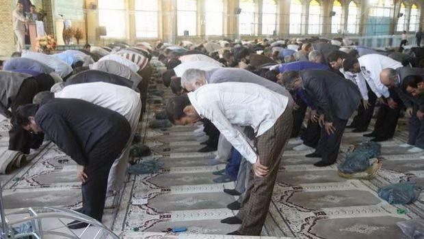 Camaat namazında fərdlər arasında olan məsafə nə qədər olmalıdır?