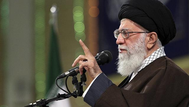 Ali dini lider iqtisadi müharibəyə müqavimət göstərməyə çağırıb