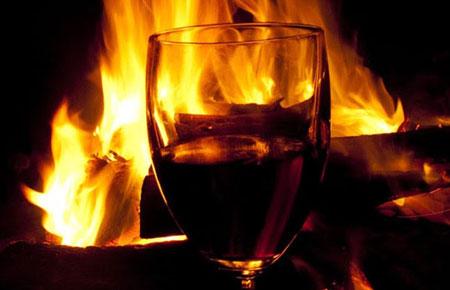 Spirtli içki və qumar Şeytan fitnəsinə zəmin yaradır