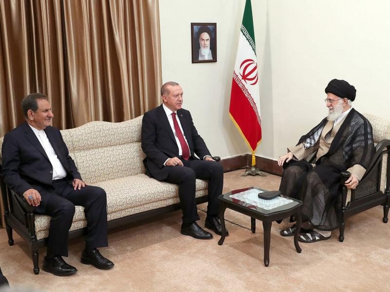 Ayətullah Xamenei:`İran və Türkiyə arasında siyasi və iqtisadi əməkdaşlıq daha da gücləndirilməlidir` -FOTO