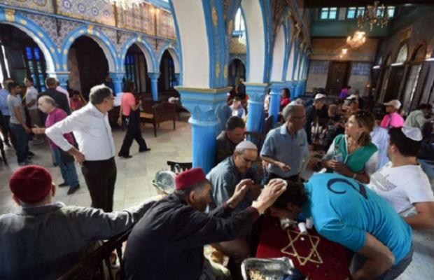 Tunisdə etnik ayrı-seçkilik edənlər cəzalandırılacaq