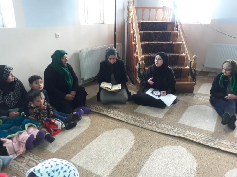 İmir kəndində xanımlar Əza saxladılar (Foto)