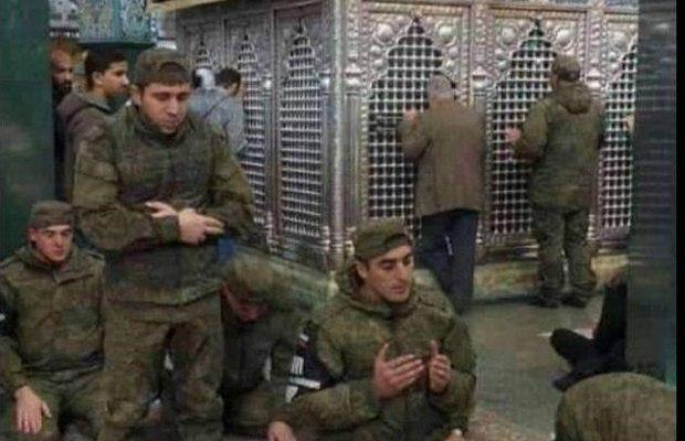 Rusiyalı hərbçilər Xanım Zeynəb ziyarətgahında namaz qıldı