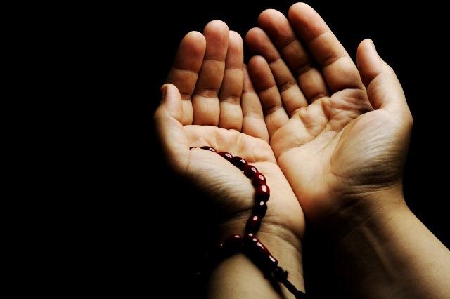 Bir çətin işi həll etmək üçün hansı duanı oxumaq faydalıdır?