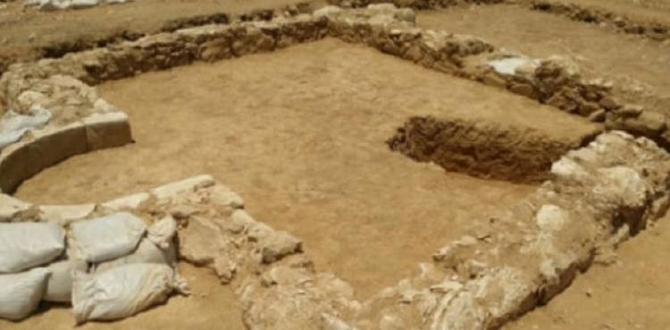 Nəcəf çölündə 1200 illik məscid aşkar olundu