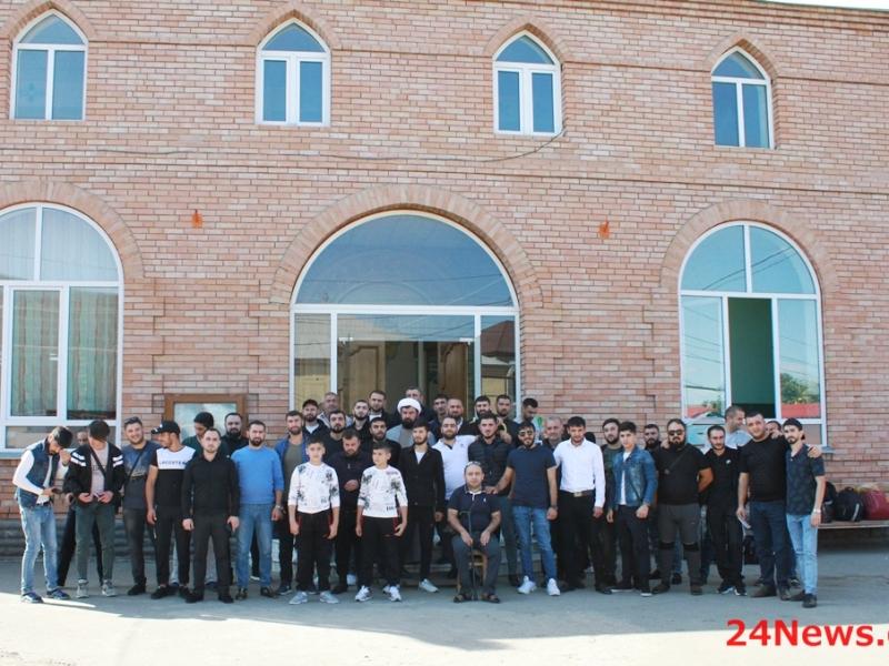 Gürcüstandan 200 nəfərdən çox İmam Hüseyn (ə) aşiqi eşq səfərinə yola düşdülər (Foto)