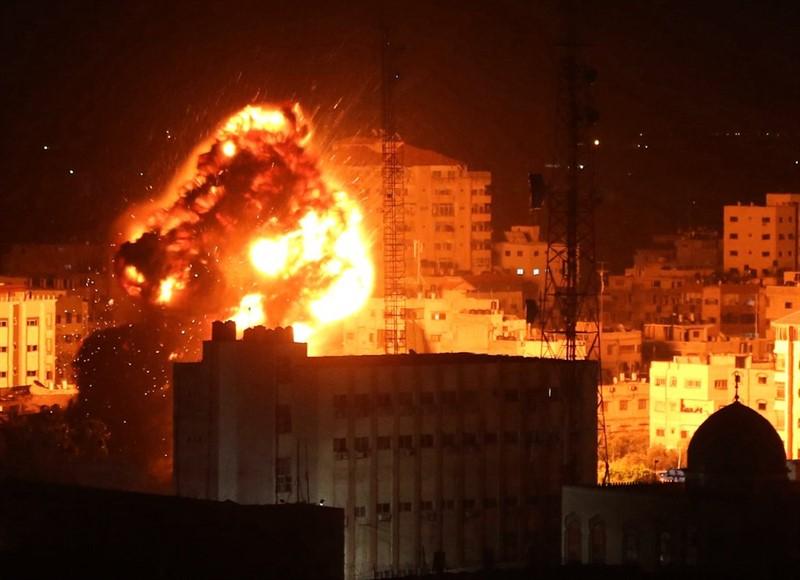 İsrail rejimi Qəzzaya raketlərlə hücum etdi
