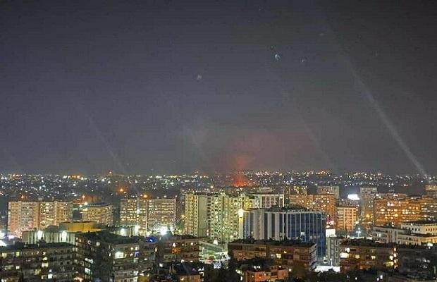 İsrail Suriyaya 20-dən çox raket atdı