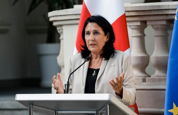Gürcüstan prezidenti Ermənistanın baş naziri ilə regional məsələləri müzakirə etdi