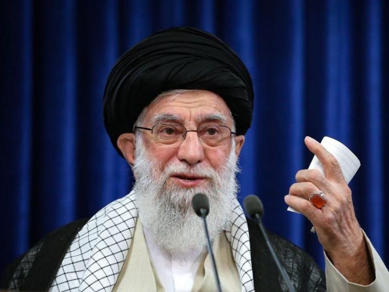 """Ayətullah Xamenei: """"İran Ordusu şanlı İslam İnqilabının ali məqsədləri uğrunda mübarizəyə hazırdır"""""""