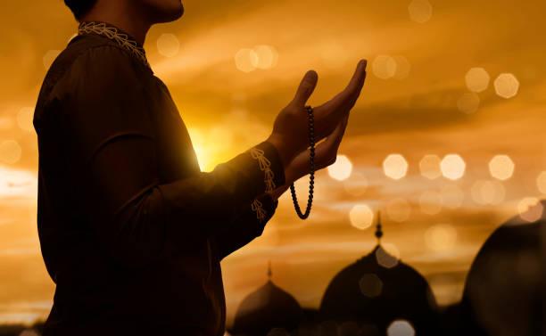 O zaman ki, insan tövhid mövzusunda yəqinə çatar – Allahdan qeyrisinə diqqət etməz